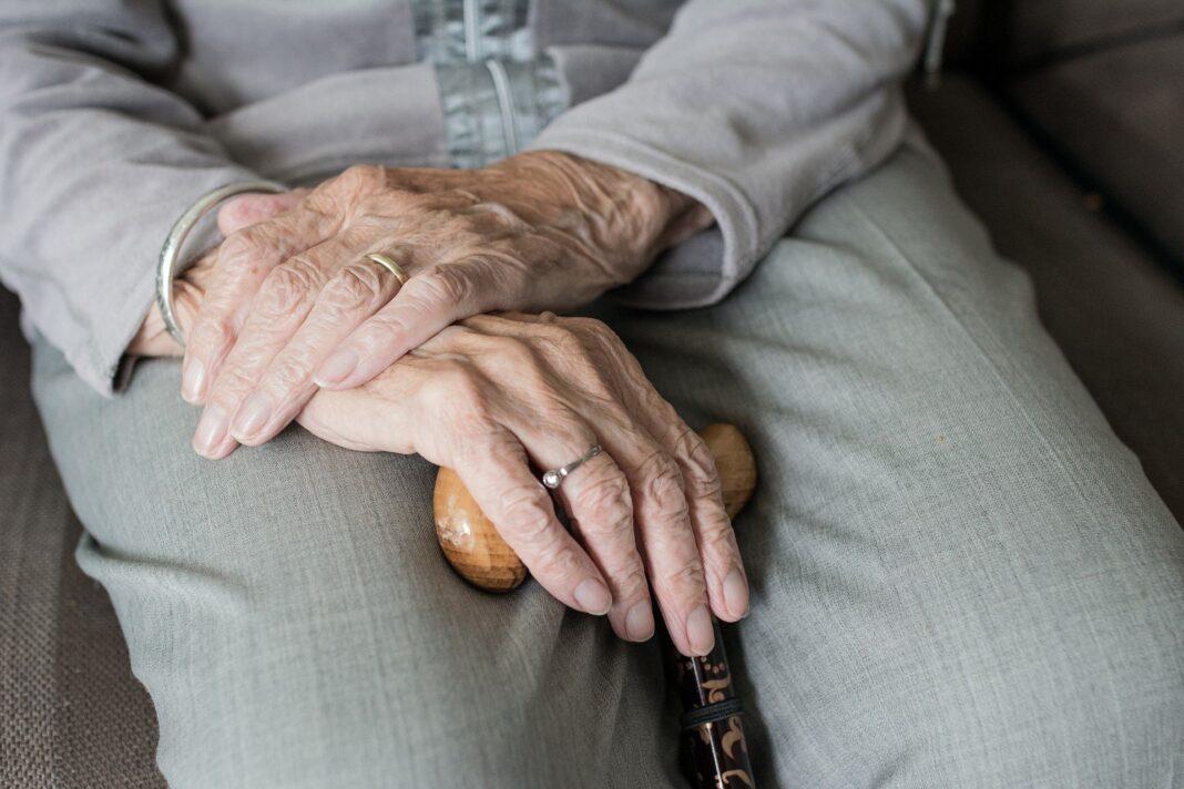 Seniorenbetreuung / Pixabay